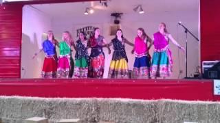 "Rangeelo Maro Dolna - ""Sunflower"" Bollywood Dance group"