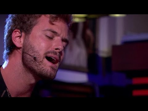 Jim Bakkum - I Can't Make You Love Me  - RTL LATE NIGHT