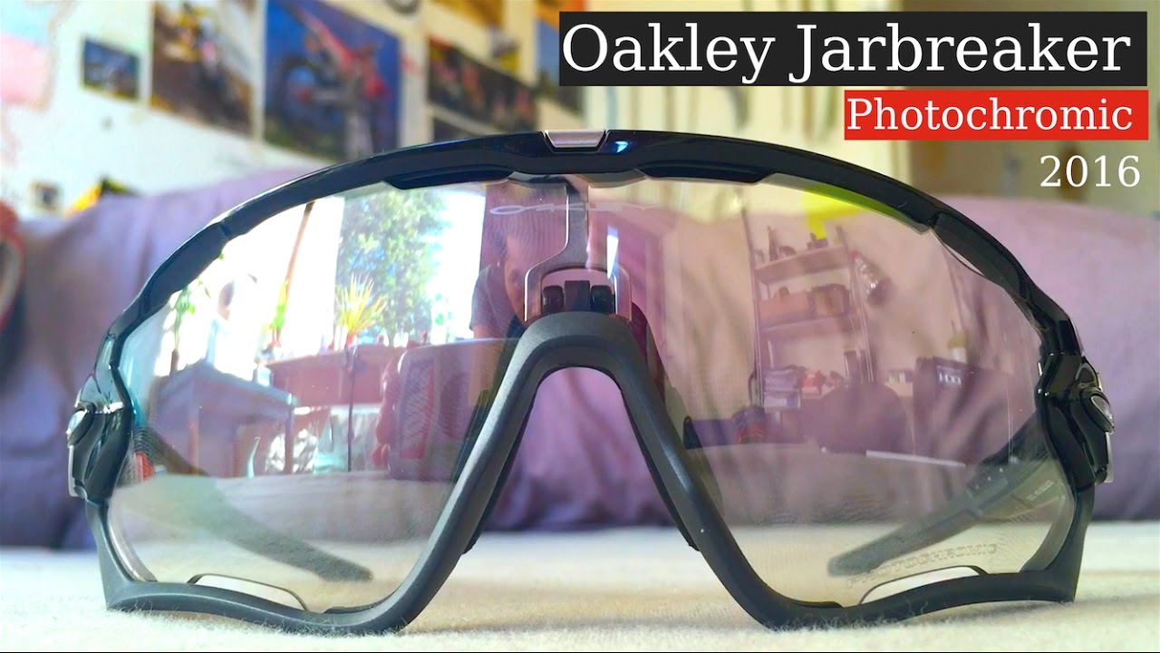 Oakley Jawbreaker Photochromic   Unboxing 2016 review - YouTube 49335aadc9d