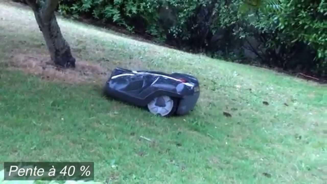 husqvarna robot tondeuse automower evolution sous la pluie sur pente youtube. Black Bedroom Furniture Sets. Home Design Ideas