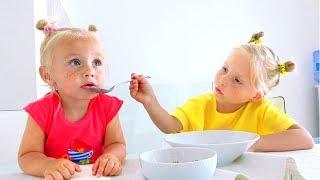 Веселая история про девочку Алису и ее сестричку Еву