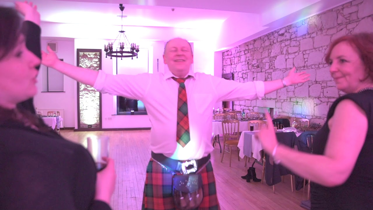 Becca and John's wedding | Broomhall Castle | Scotland's Party DJ