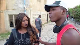 VIDEO: Mtoto amtongoza Mama yake mdogo!.