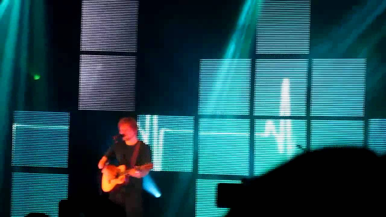 Small Bump - Ed Sheeran (SF 2/8/13)