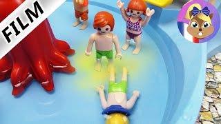 Film Playmobil en français - JULIAN fait pipi dans un bassin de l'aquaparc! Beurk, c'est dégoûtant!