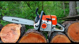 How to tune the carburetor on a chainsaw.