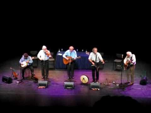 THE DUBLINERS - ALL FOR ME GROG (LIVE) LYRICS