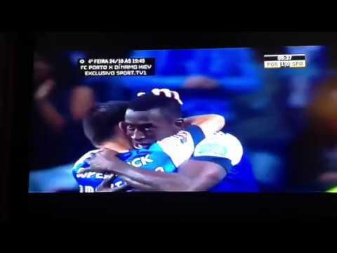 The best goal of Jakson Martinez FC Porto