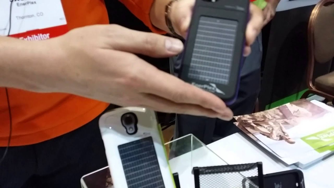 new concept 9b5cb 6172f EnerPlex shows off solar-powered iPhone 5 case at CES 2014