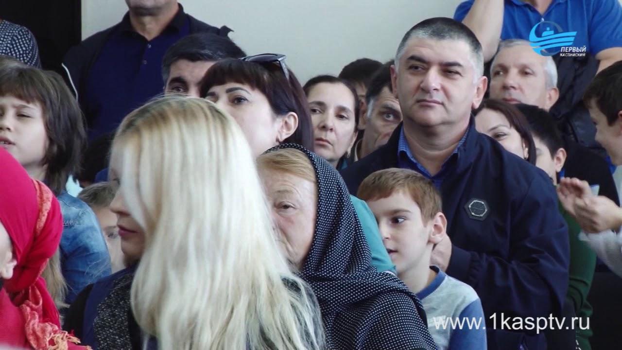 Церемония награждения юных шахматистов, проявивших себя на турнире «Дорога знаний» прошла в каспийской гимназии №7