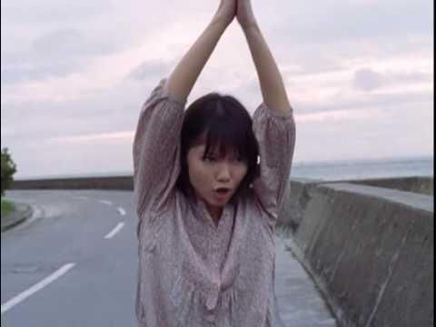 宮崎あおい CM earth music&ecology 歩く篇