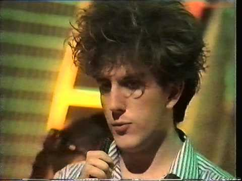 The Fun Boy Three Our Lips Are Sealed Top Of The Pops 05/05/83