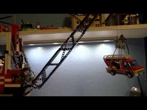 LEGO Power Functions Pedestal Crane By Legomaniacman