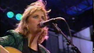 Mary Chapin Carpenter - THE MORE THINGS CHANGE (live 1990).MPG