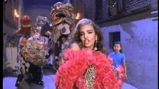 Thalía / Saliva (Video Oficial)