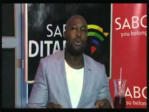 Simba Mhere gives Afrikaans News Reading a try