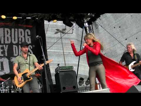 Rudolf Rock & die Schocker feat. Hugo Egon Balder - Rolling On The River - Harley Days Hamburg 2013