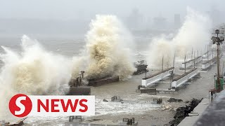 Strong winds, rough seas ascyclonelashes Mumbai