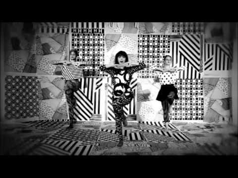 клип lenka-everything at once