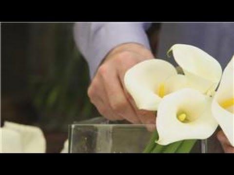 Flower Arrangements : Calla Lilies & Roses as White Wedding Flowers