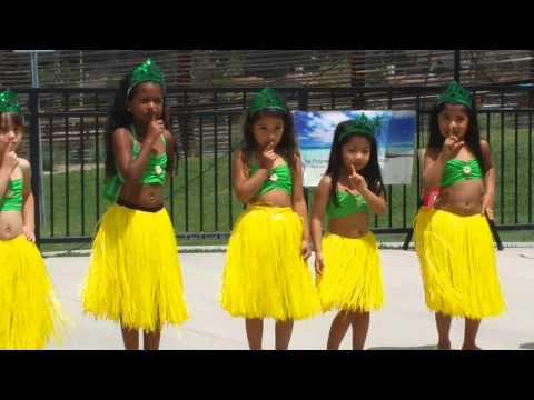 Pineapple Princess Hawaiian Dance at Dos Lagos