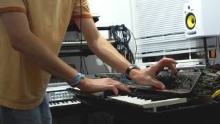 Polymoog 203a with Vox Humana Program testing (by Synthpro)