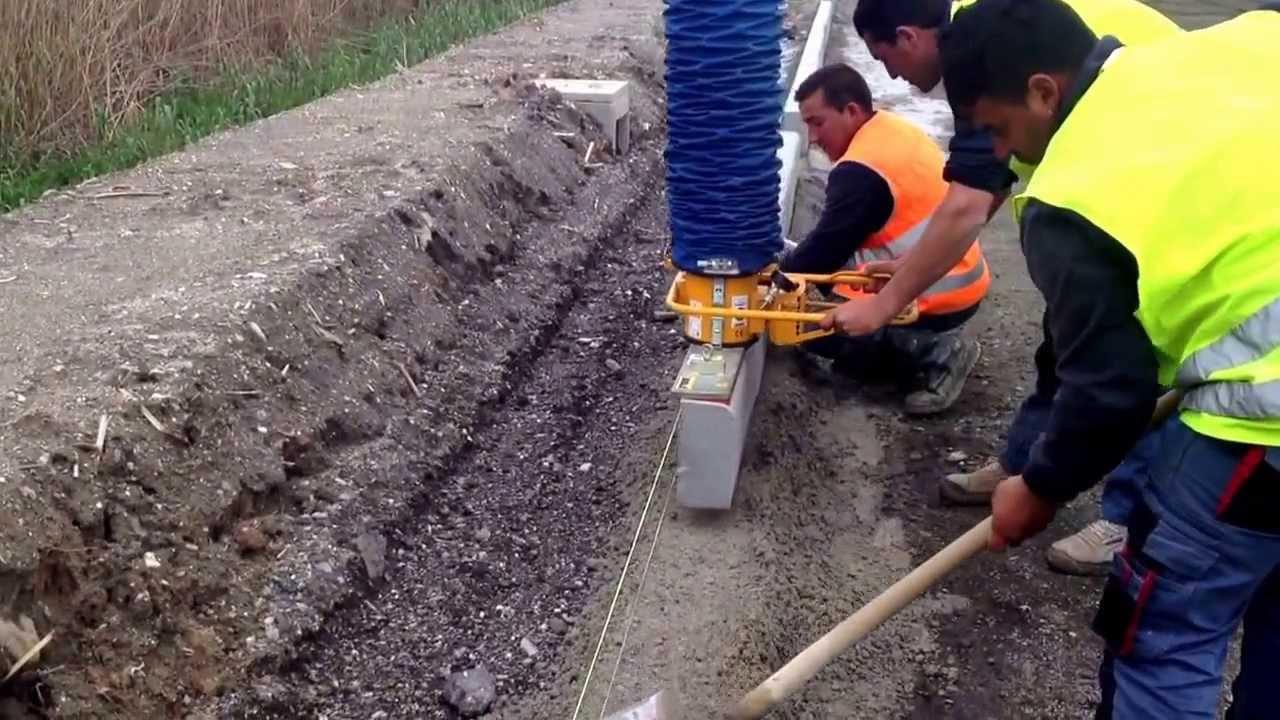 Valente srl di pietro valente posa in opera di cordoli in for Disegni di blocchi di cemento casa