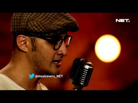 Dewi - Alexa - Music Everywhere **