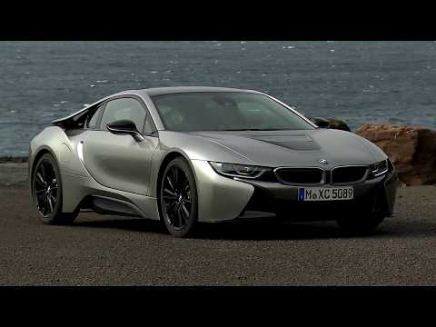 The new BMW i8 Roadster and the new BMW i8 Coupe