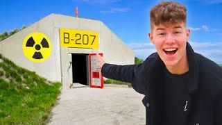 נכנסתי לתוך בונקר סודי מתחת לאדמה במשך יום שלם!! (אתגר 24 שעות)