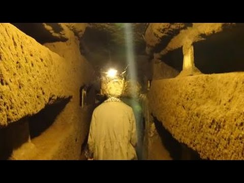 Catacombs of Rome (ROMEing Around 36) | #ItalyPilgrimage
