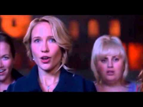 Pitch Perfect - Just the way you are / Just a dream mashup
