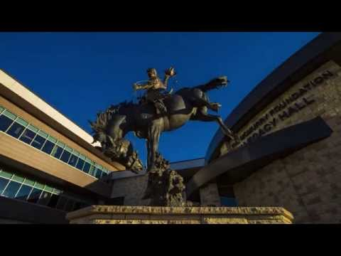 UW Campus Tour || Marian H. Rochelle Gateway Center