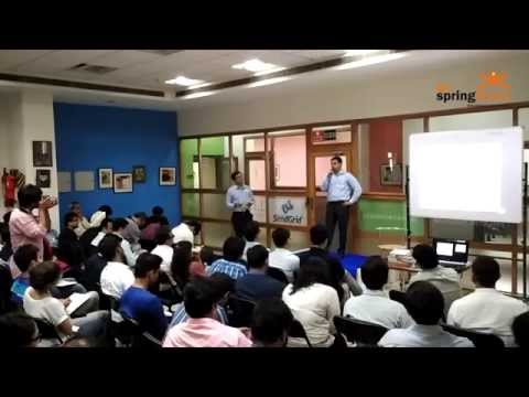 Investors pitch to Startups at Reverse Pitch hosted by 91springboard