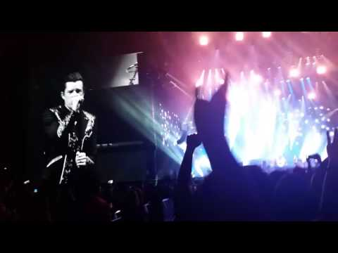 """20170804 The Killers performing Muse's """"Starlight"""""""