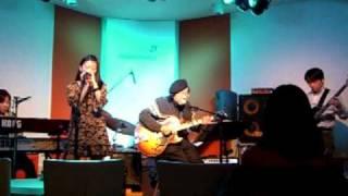 """マディ綱島&ウォーターブルースバンドのオリジナル曲 """"Easy Livin' """" 2..."""