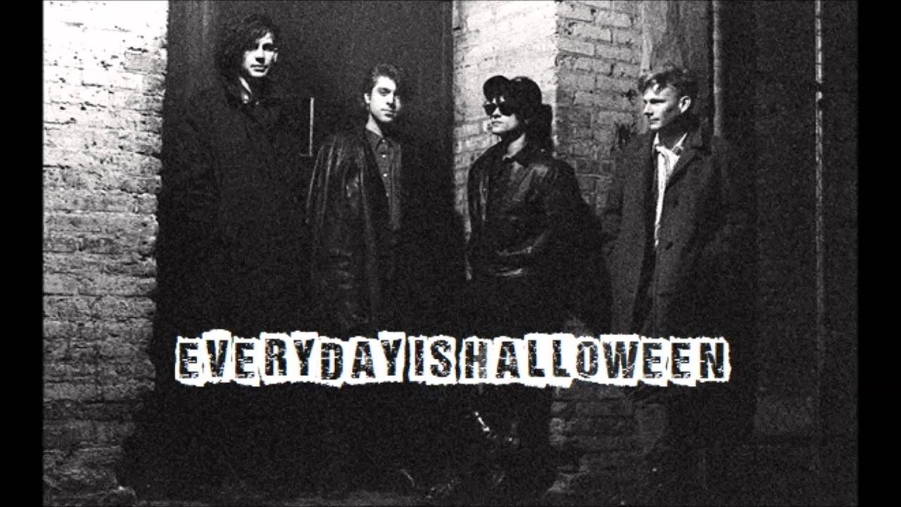 Ministry - Live Toronto 1986 - Everyday Is Halloween - YouTube