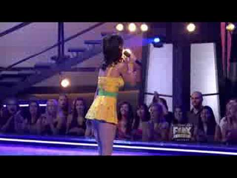 Katy Perry - I Kissed A Girl (Live) HD High Definition