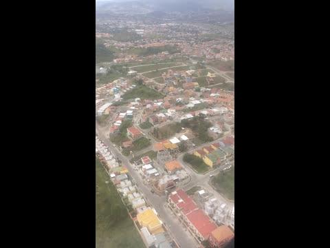 Landing at Toncontín International Airport in Tegucigalpa / Honduras