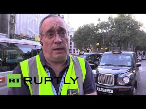 "Boris a ""buffoon"" & TfL ""Totally Failing London"" - Cabbies anti-Uber protest"