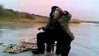 Видео004.3gp(ловля Карася на реке Сыра-Су., 2010-12-17T14:06:58.000Z)