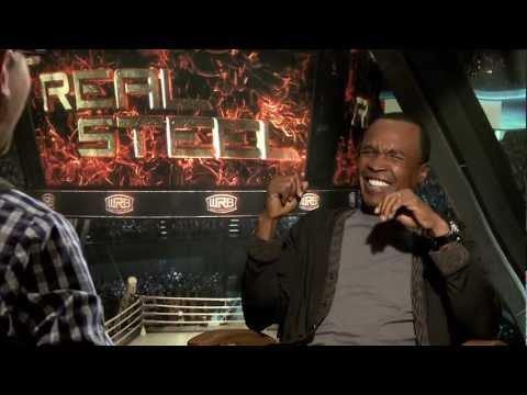 REAL STEEL interviews - Hugh Jackman talks accents - Sugar Ray Leonard arm wrestles reporter!