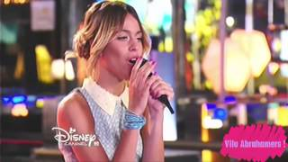 "Violetta chantent ""Descubri"" et Leon l'embrassent (Spectacle - Episode 60)"