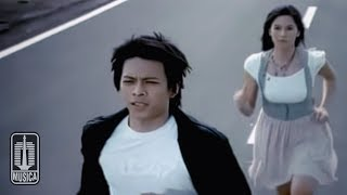 Download Peterpan - Menghapus Jejakmu (Official Music Video)