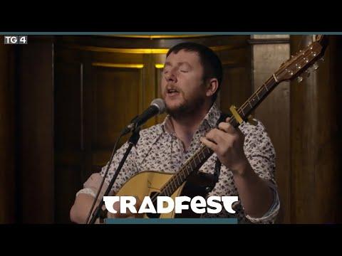 Tradfest  Daoirí Farrell  Dé Domhnaigh 906 930pm TG4