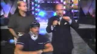 Hollywood Hogan attacks Buff Bagwell