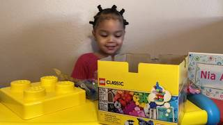 LEGO CLASSIC 10692: Unboxing and Building a Grocery Store