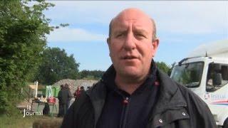 Viande bovine : Manif des éleveurs à la Socopa (Vendée)
