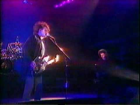 The Cure - M - Live 1990