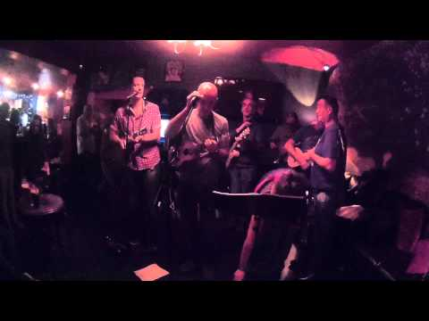 Splintered Ukes - Fulwood Arms Pub Liverpool Open Mic 9th July 2015
